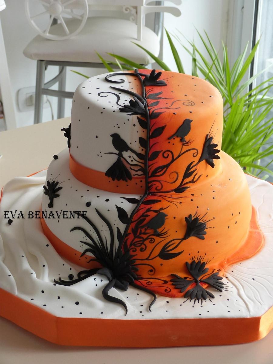 Halloween Wedding Cakes Ideas  Beautiful Halloween Wedding Cakes Around My Family Table