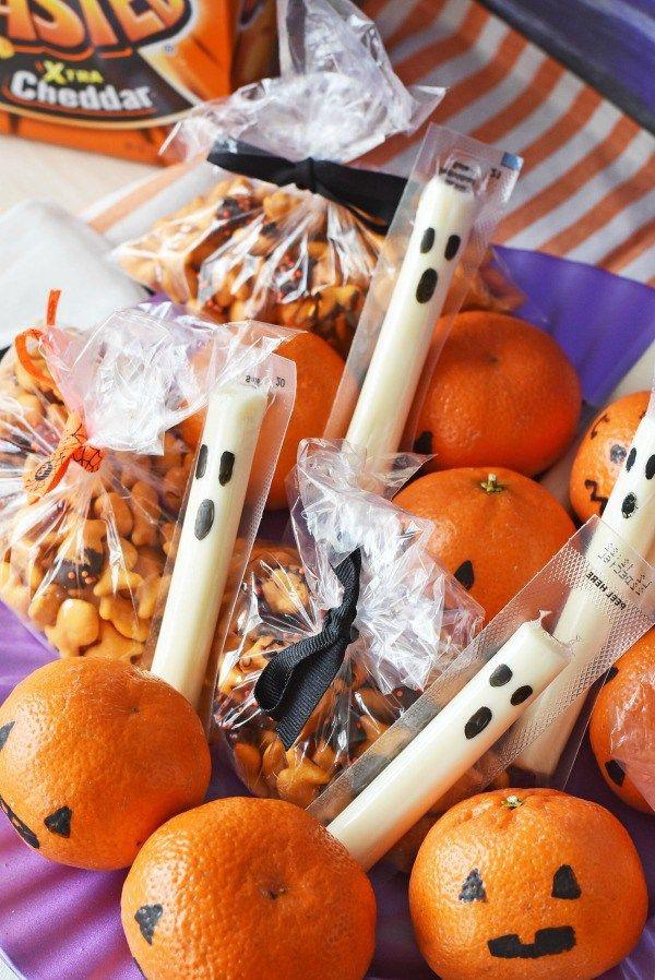 Healthy Halloween Snacks For School  Best 25 Healthy halloween treats ideas on Pinterest