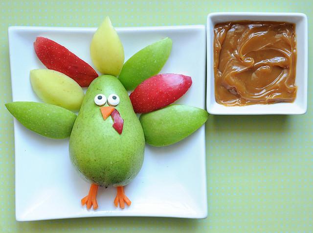 Healthy Thanksgiving Snacks  kid snack