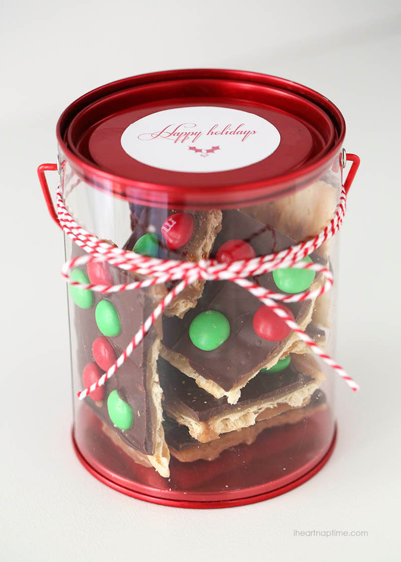 Homemade Christmas Food Gifts  BEST Christmas Crack Toffee Recipe only 15 mins I