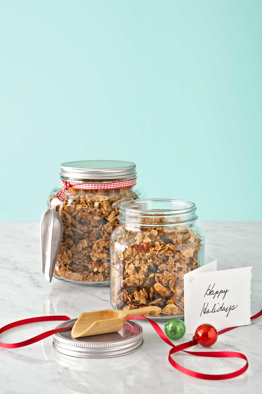 Homemade Christmas Food Gifts  36 Homemade Christmas Food Gifts Edible Holiday Gift Ideas
