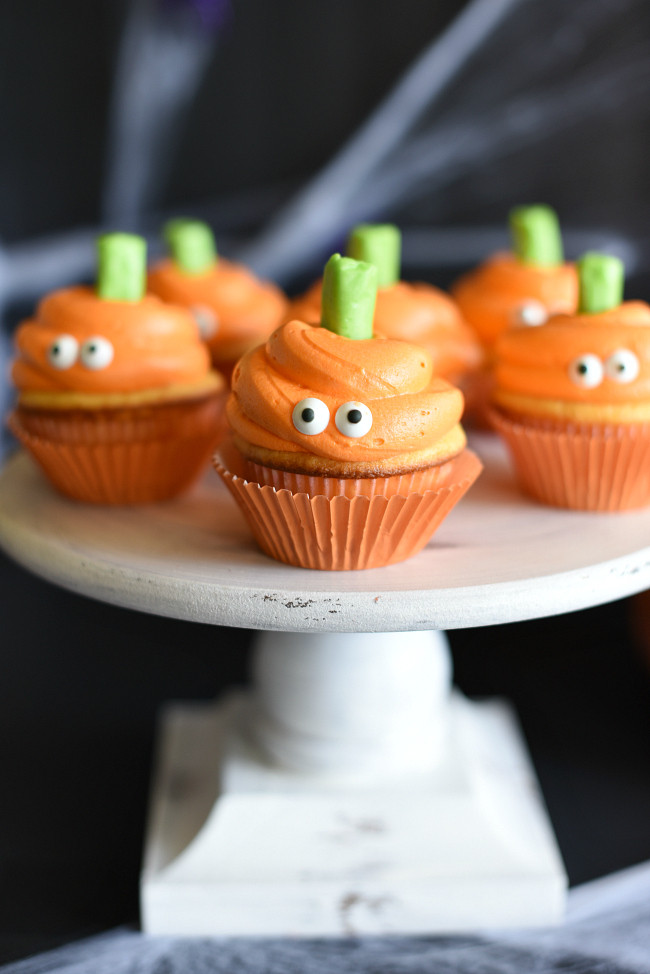 Homemade Halloween Cupcakes  Easy Halloween Cupcakes with Pumpkin Faces – Fun Squared
