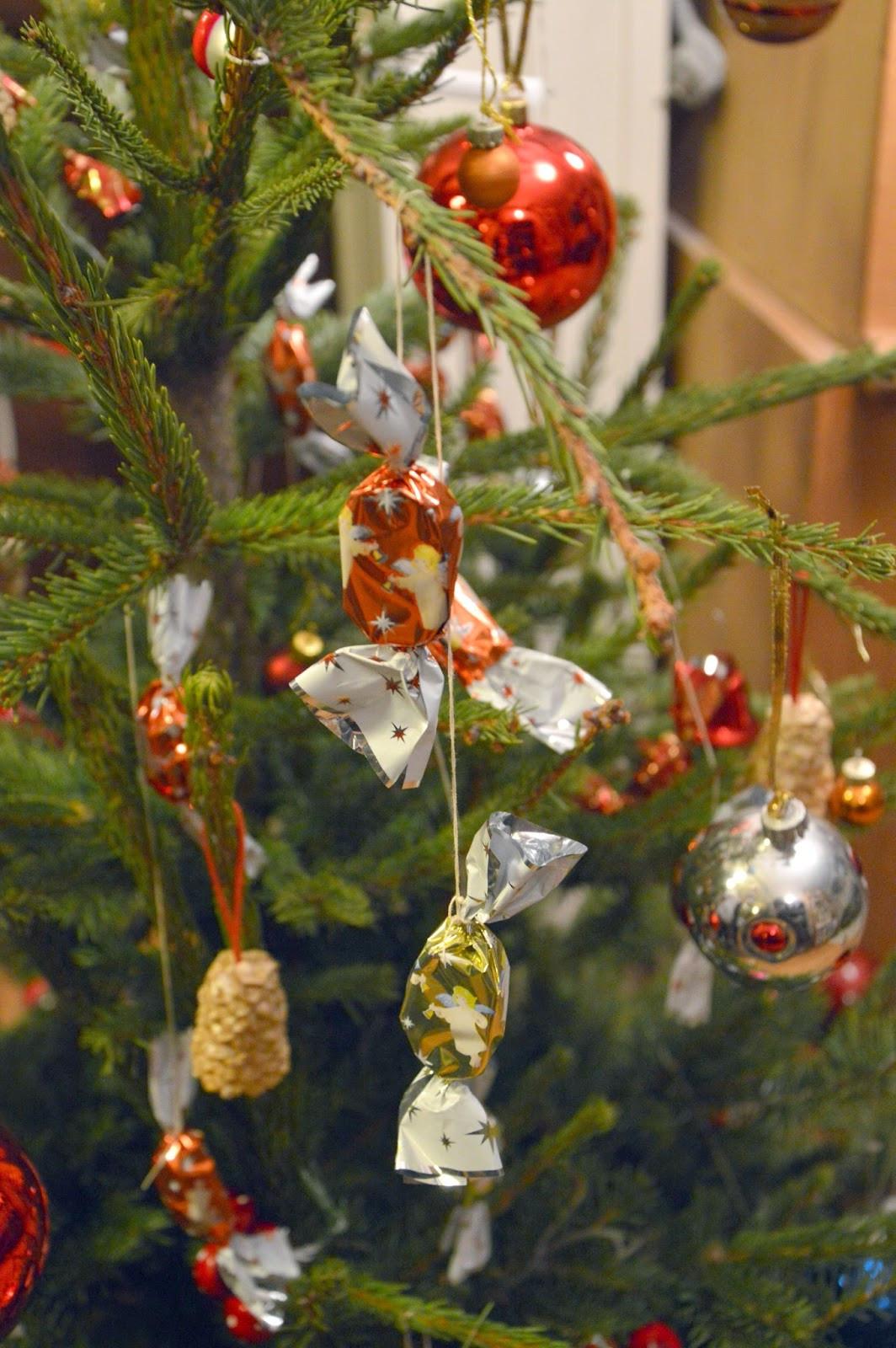 Hungarian Christmas Candy  The Christmas Spirit