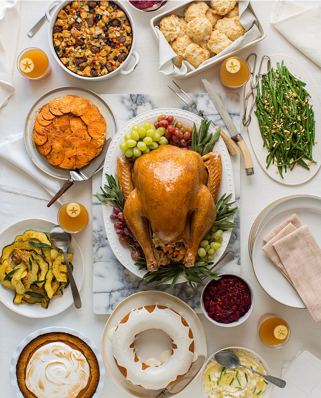 Idea For Thanksgiving Dinner  50 Thanksgiving Decorating Ideas Home Bunch Interior