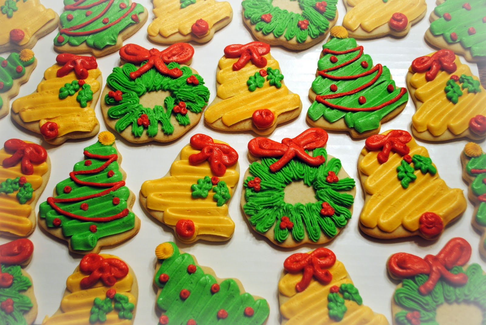 Individually Wrapped Christmas Cookies  Candace s Cookie Creations Tis the Season for Christmas