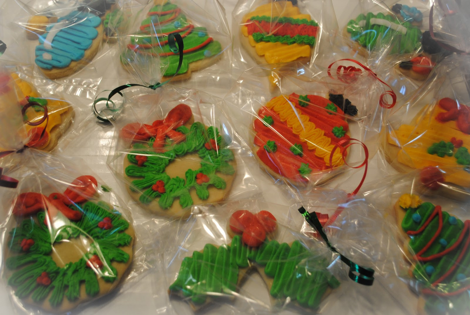 Individually Wrapped Christmas Cookies  Candace s Cookie Creations WHBC La s Christmas Brunch