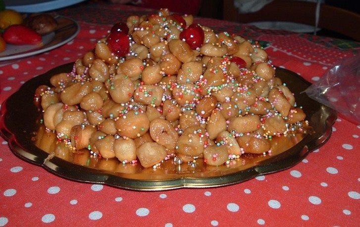Italian Christmas Desserts  Struffoli A typical Italian Christmas Dessert – By