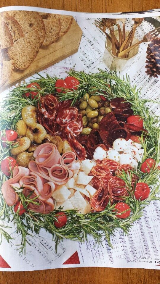 Italian Christmas Eve Appetizers  23 Christmas Eve Dinner Ideas for a Crowd