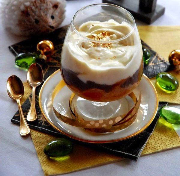 Light Christmas Desserts  10 Lightweight Dishes to Enjoy New Year's Eve — Healthy