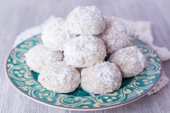 Mexican Christmas Cookies Recipe  Mexican Wedding Cookies Recipe Genius Kitchen