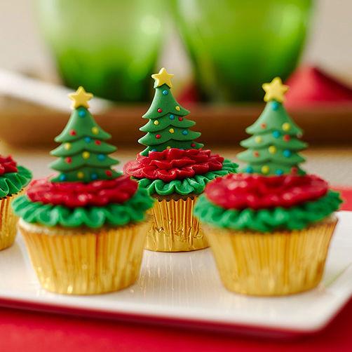 Mini Christmas Cupcakes  Mini Cupcakes Topped with Christmas Trees