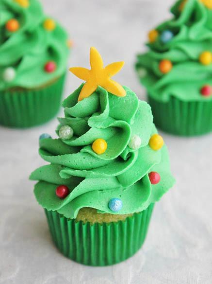 Mini Christmas Cupcakes  Mini Christmas Tree Cupcakes by Lydia Bakes
