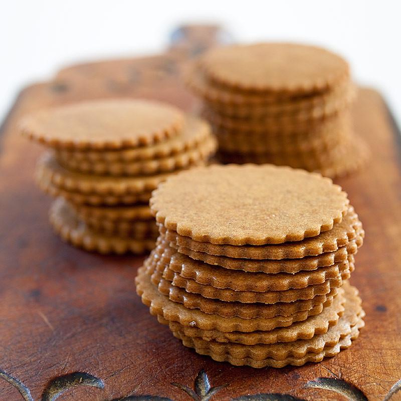 Moravian Christmas Cookies  best moravian sugar cookies recipe