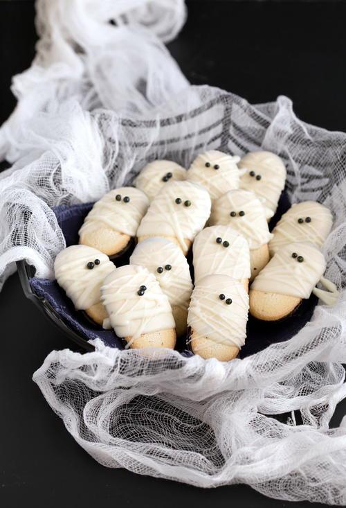 Mummy Cookies For Halloween  19 Scary Good Halloween Desserts