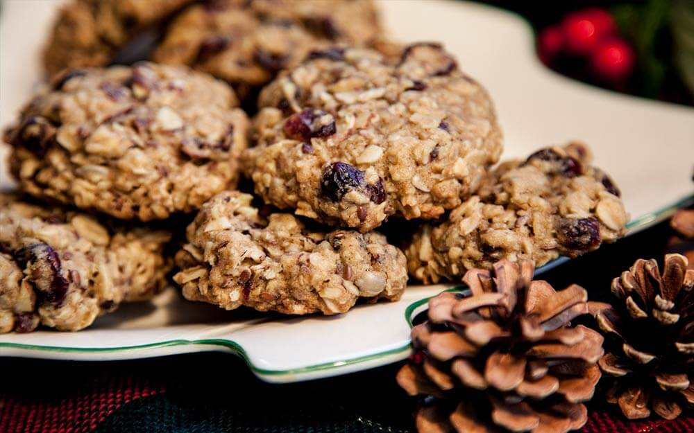 Oatmeal Christmas Cookies  Easy Christmas Cookies Best Holiday Cookie Recipes You ll