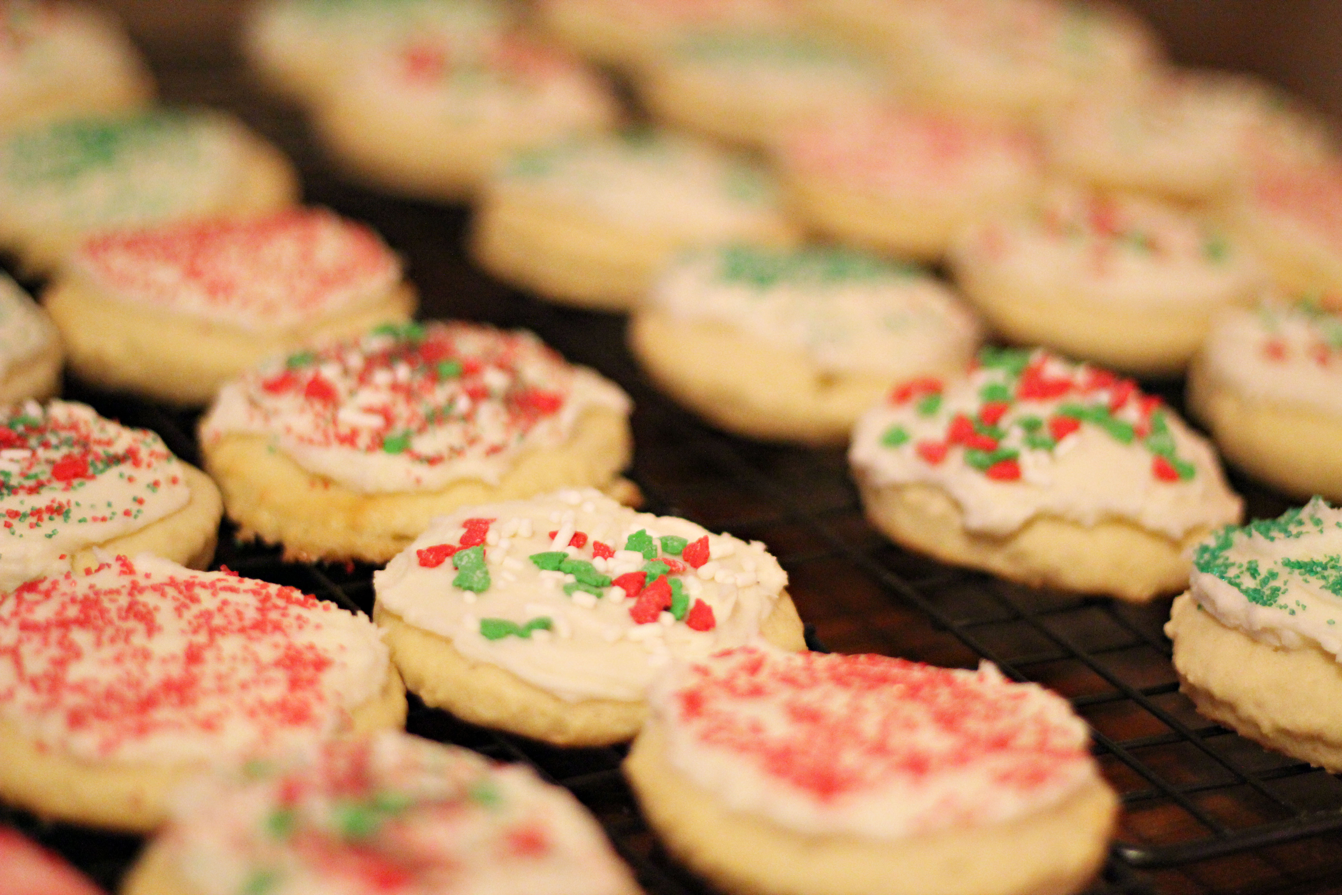 Old Fashioned Christmas Cookies Recipe  Frosted Sugar Cookies