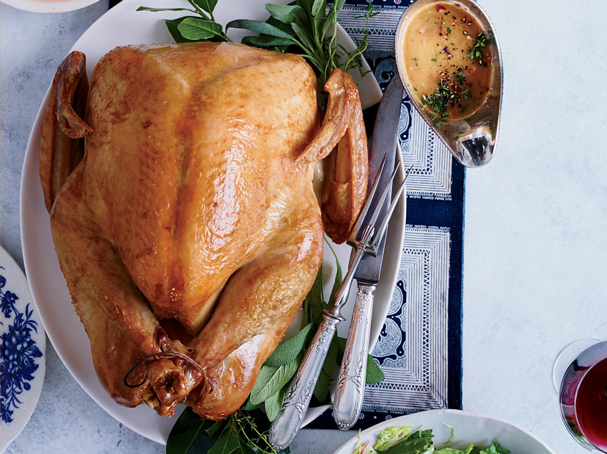 Order Cooked Thanksgiving Turkey  3 Thanksgiving Etiquette Tips You Should Actually Follow