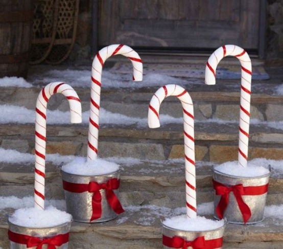 Outdoor Christmas Candy Canes  25 Fun Candy Cane Christmas Décor Ideas For Your Home