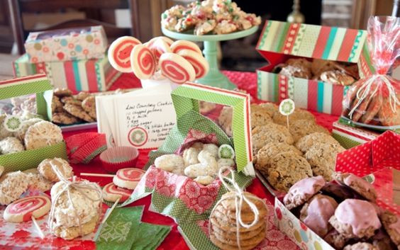 Paula Dean Christmas Cookies  Ideas for a Christmas Cookie Party Cookie Swap from