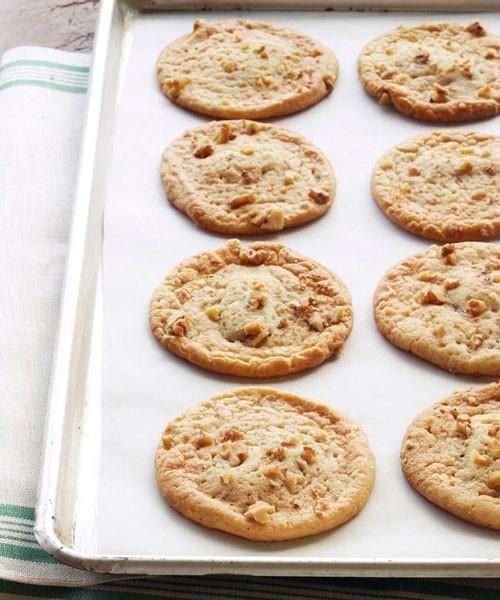 Paula Dean Christmas Cookies  Paula Deen s Hidden Mint Cookies Recipe Paula Deen Recipes