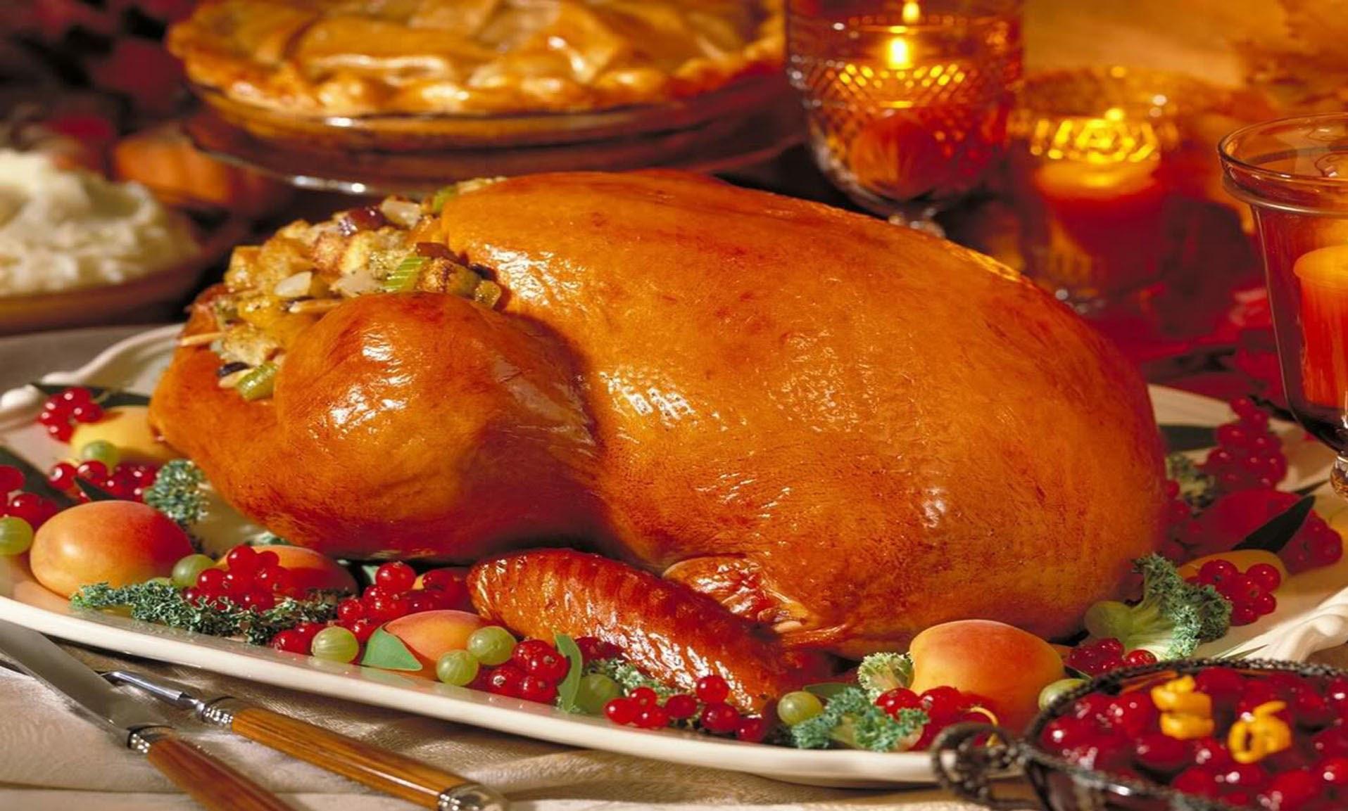 Pics Of Thanksgiving Turkey  Thanksgiving Roasted Turkey