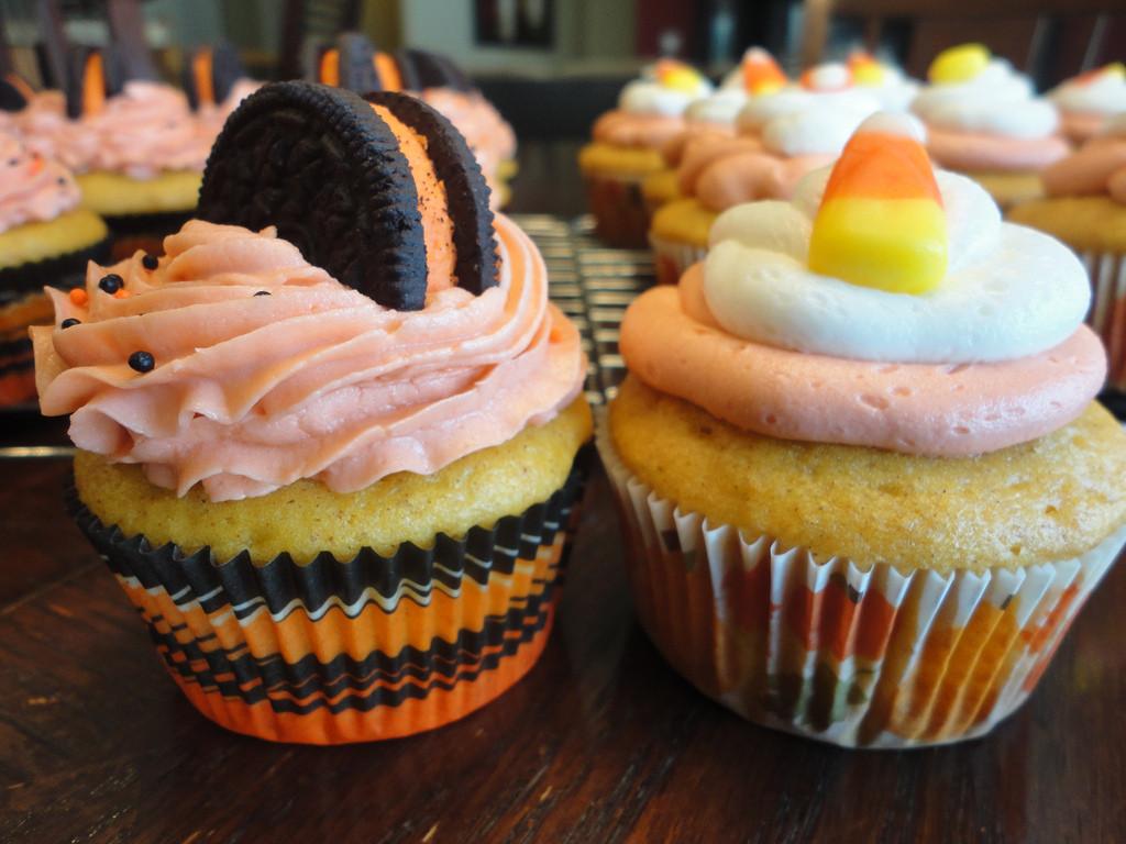 Picture Of Halloween Cupcakes  Halloween Cupcakes Cupcakes Fanpop