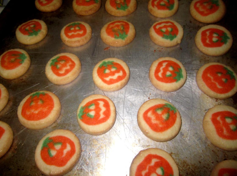Pillsbury Halloween Cookies  The Holidaze Pillsbury Halloween Cookies