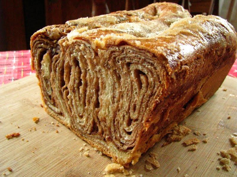 Polish Christmas Bread  CakeWalk Daring Baker Challenge October 2011 Povitica