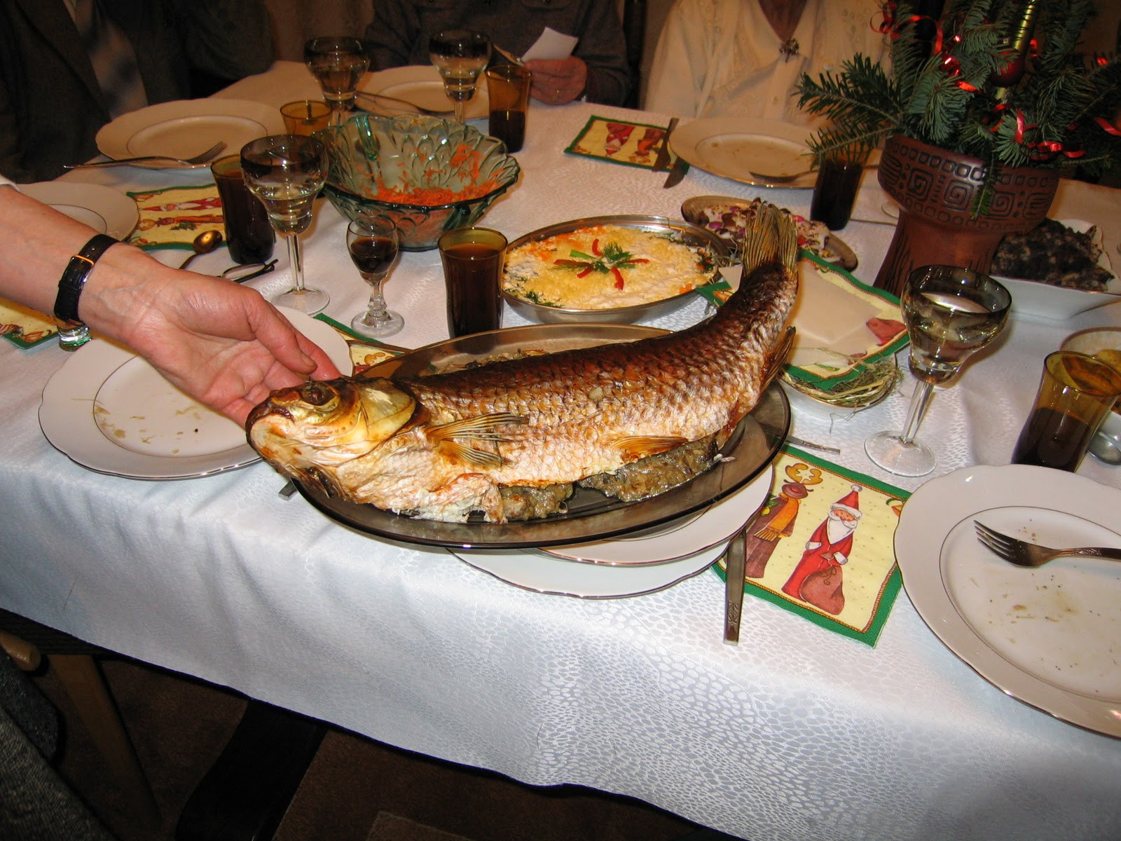 Polish Christmas Dinner  The Globe Christmas in Poland