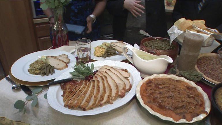 Pre Made Thanksgiving Dinner  Cracker Barrel is ready to make your Thanksgiving dinner