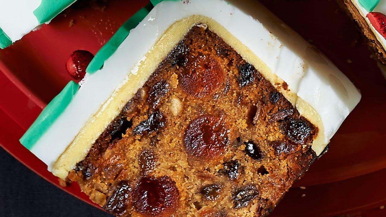 Recipes For Christmas Cakes  Christmas Cake Recipe Xmas Cake Recipe Easy Fruit Cake