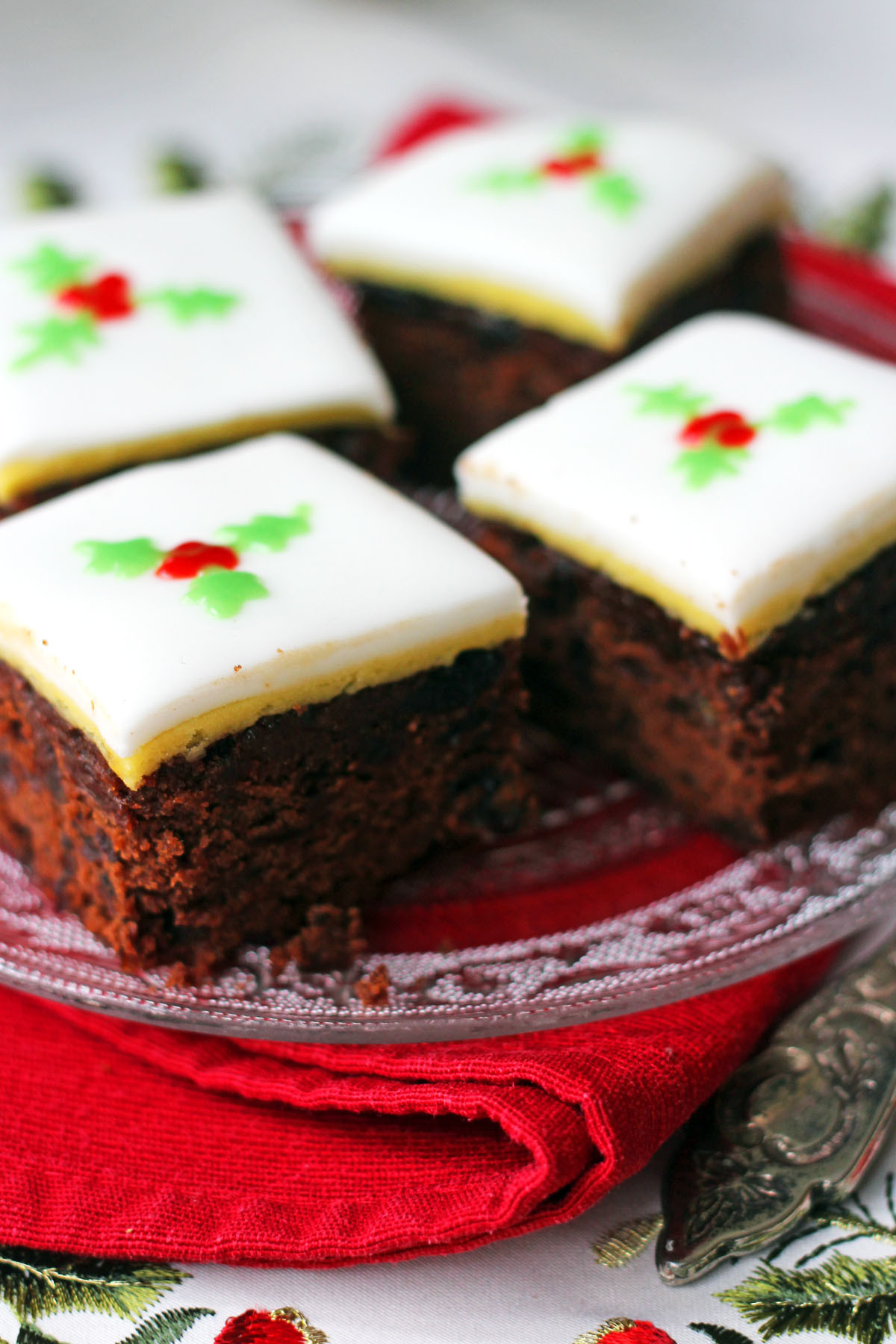 Recipes For Christmas Cakes  Christmas Chocolate and Orange Fruitcake