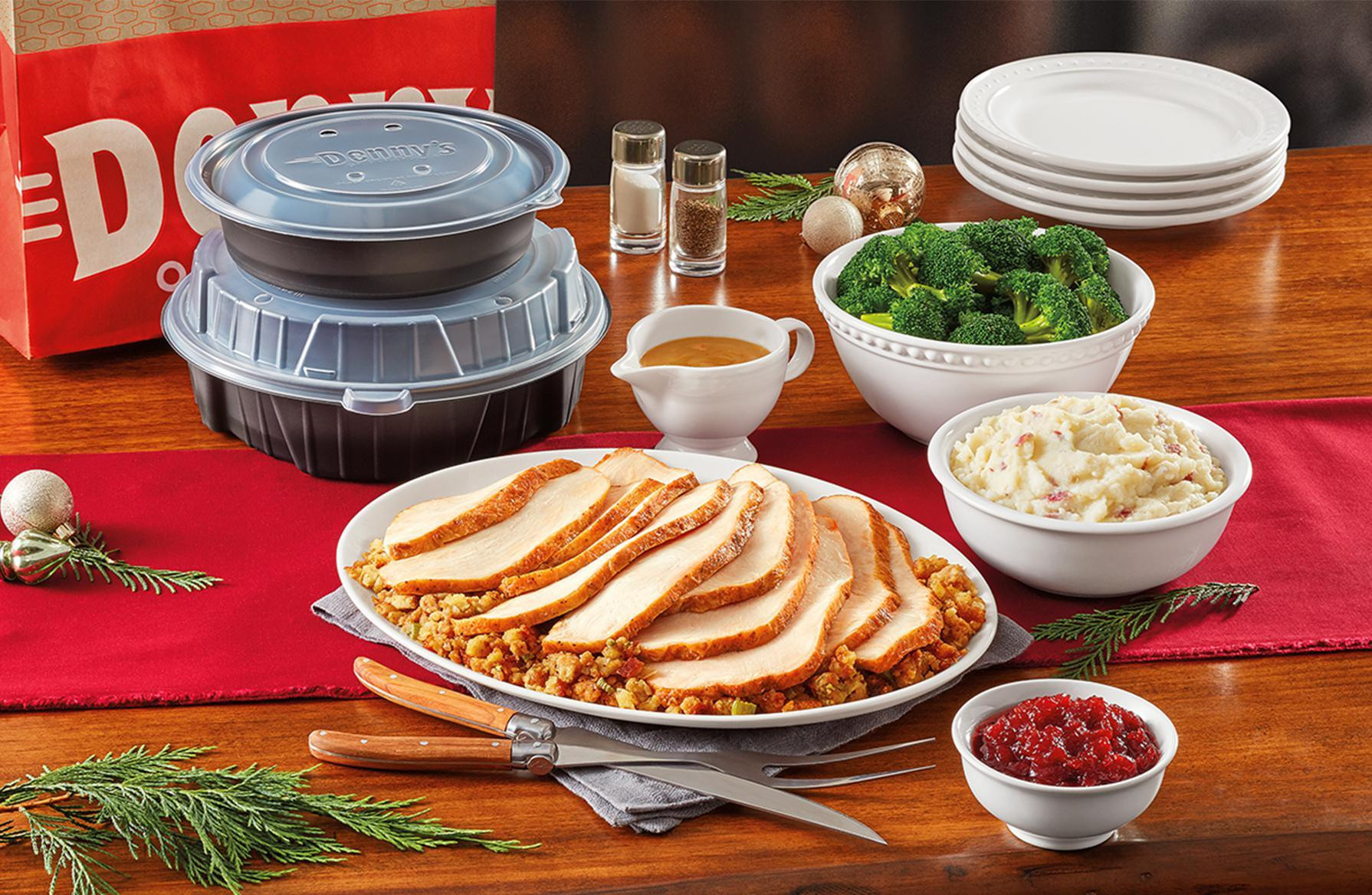 Restaurants That Serve Thanksgiving Dinner  19 Chain Restaurants Serving Thanksgiving Dinner Gallery