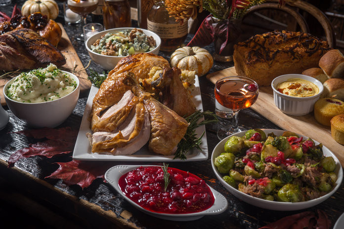 Restaurants That Serve Thanksgiving Dinner  NYC Restaurants That Serve Chic Delicious Thanksgiving