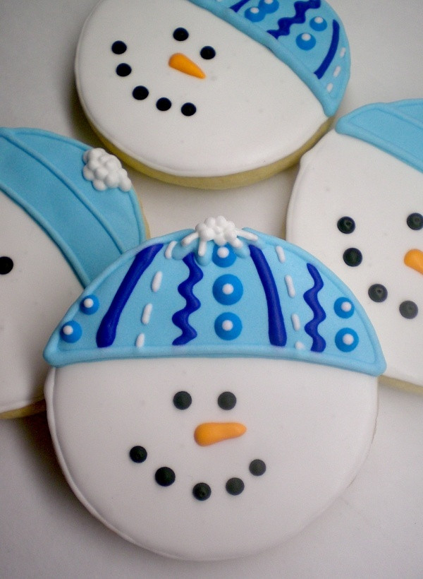 Round Christmas Cookies  25 best ideas about Snowman Cookies on Pinterest