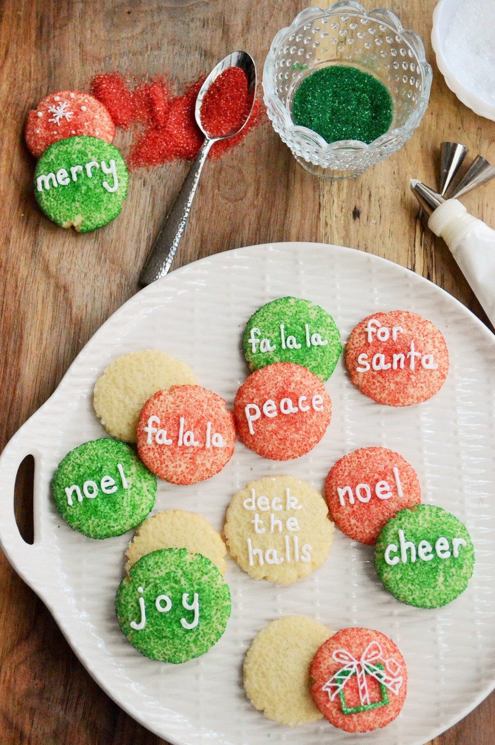 Round Christmas Cookies  Christmas Cookies e Round Cutter 31 Ideas Relish