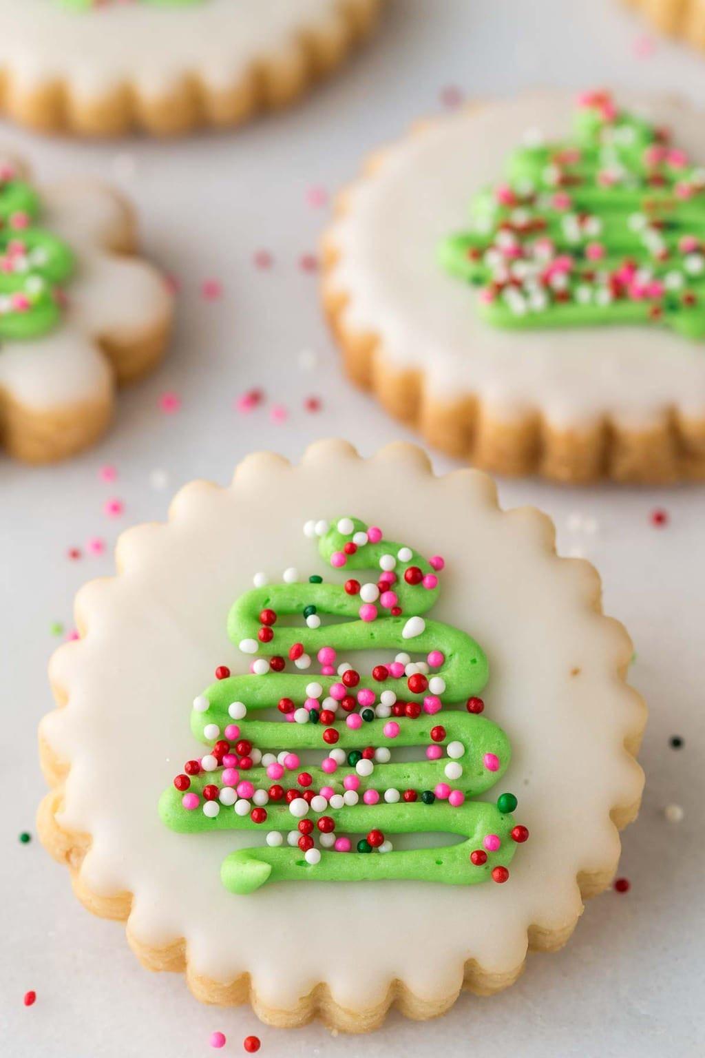 Shortbread Christmas Cookies Recipes  Christmas Shortbread Cookies