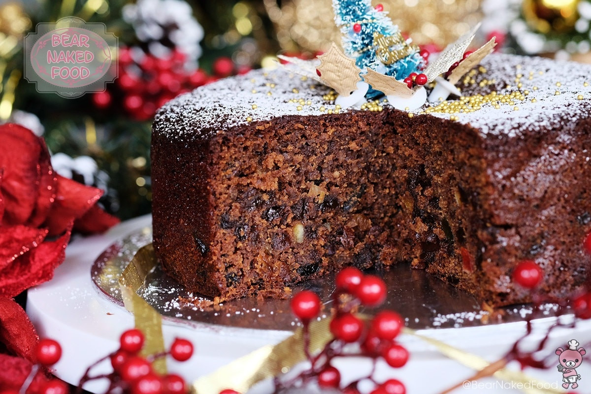 Simple Christmas Cakes  Quick and Easy Christmas Fruit Cake