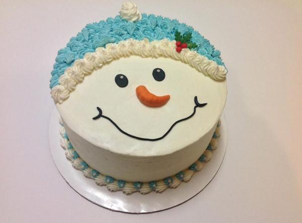 Simple Christmas Cakes  10 Christmas Cake Designs You ll Love