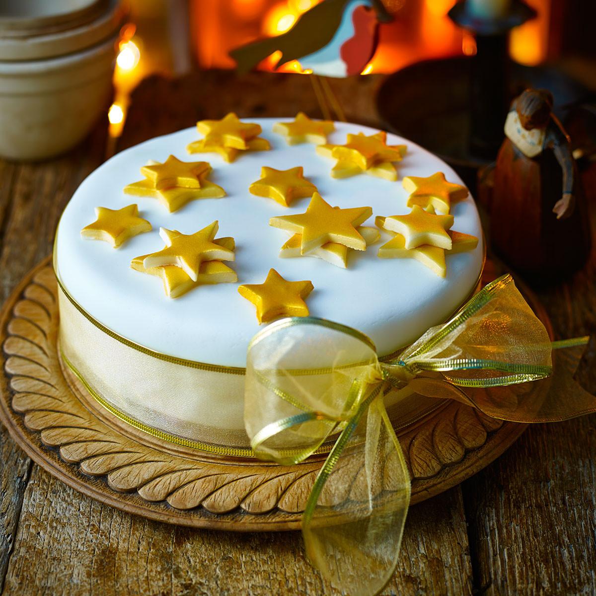 Simple Christmas Cakes  Simple iced Christmas cake Good Housekeeping