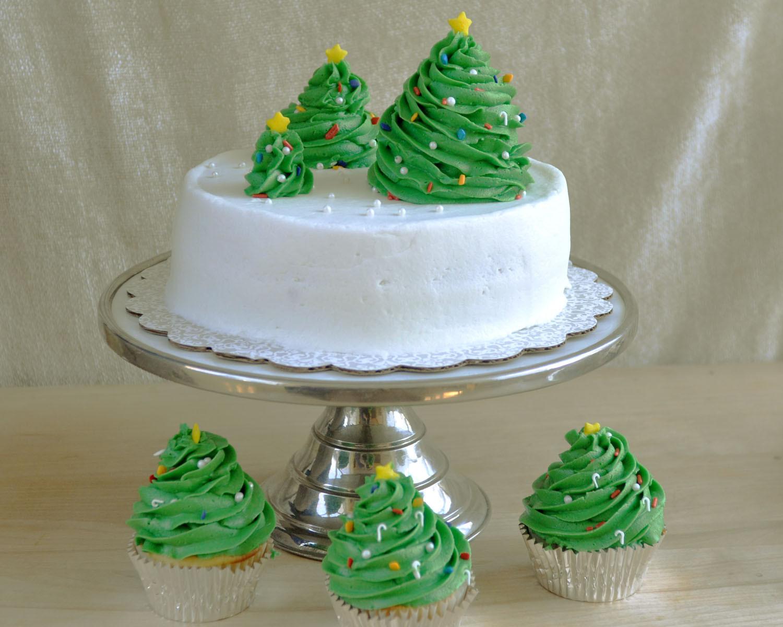 Simple Christmas Cakes  Beki Cook s Cake Blog Simple Christmas Cake