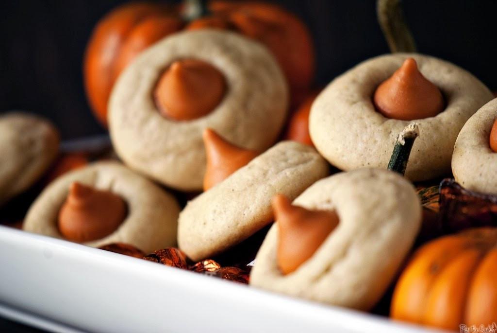 Simple Fall Desserts  25 Easy Pumpkin Flavored Desserts