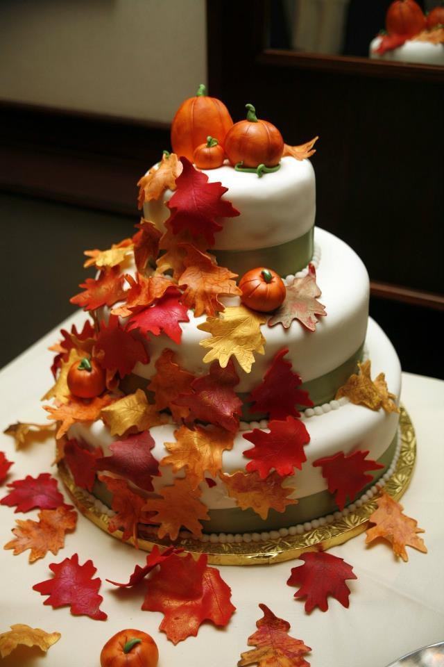Small Fall Wedding Cakes  Fall Wedding Cakes – How to Determine What You Want
