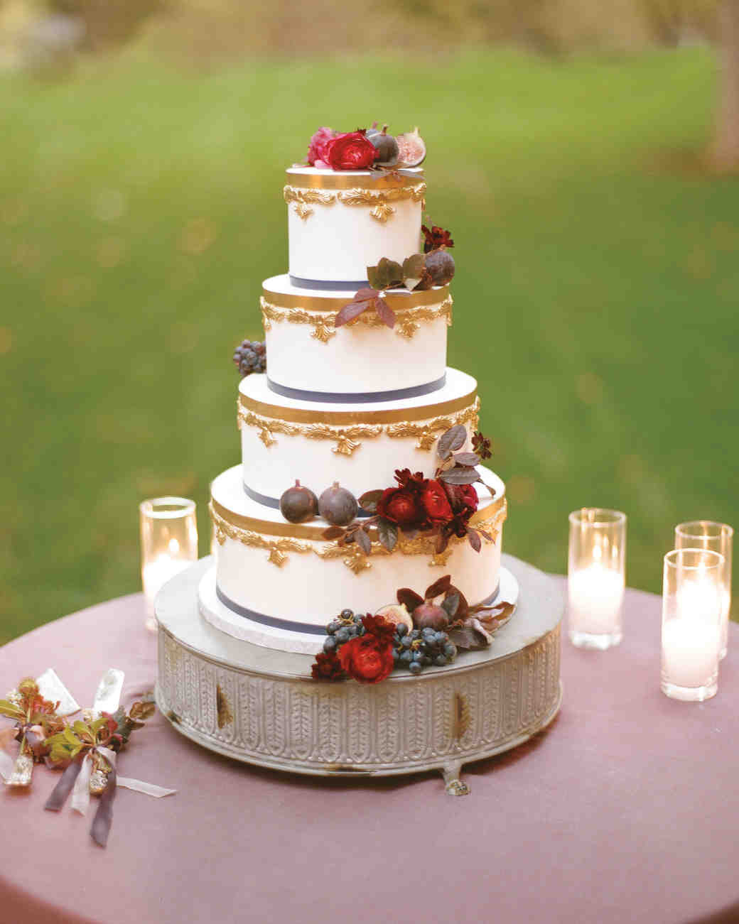 Small Fall Wedding Cakes  53 Fall Wedding Cakes We re Obsessed With