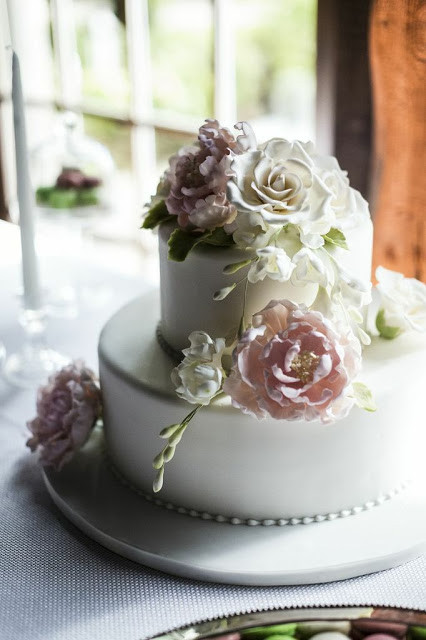 Small Fall Wedding Cakes  For the Love of Cake by Garry & Ana Parzych A Petite