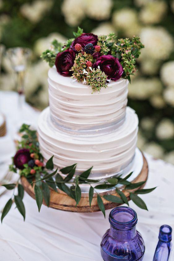 Small Fall Wedding Cakes  Gorgeous Fall Wedding Cakes We re Drooling Over Southern