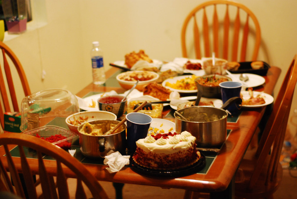Small Thanksgiving Dinner  Small Space Thanksgiving Dinner Tips
