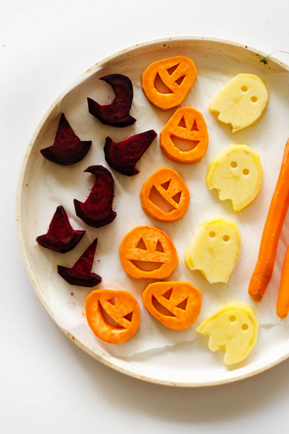 Spooky Halloween Dinners  25 Spooky Halloween Dinner Ideas Best Recipes for