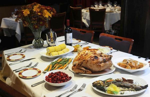 Thanksgiving Dinner Catering  Thanksgiving in London BU Study Abroad London blog