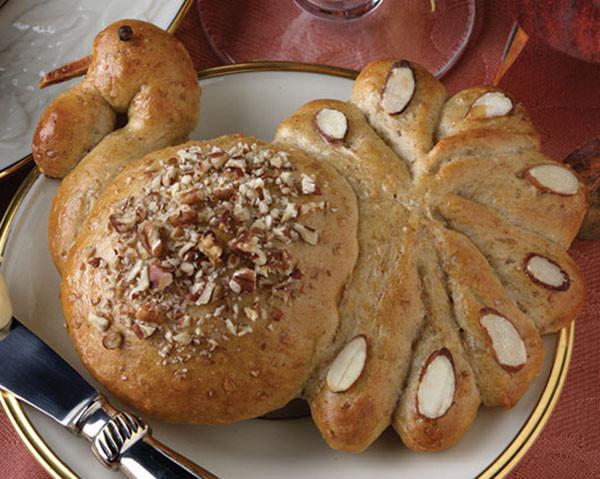 Thanksgiving Dinner Roll  Turkey Shaped Dinner Rolls B Lovely Events